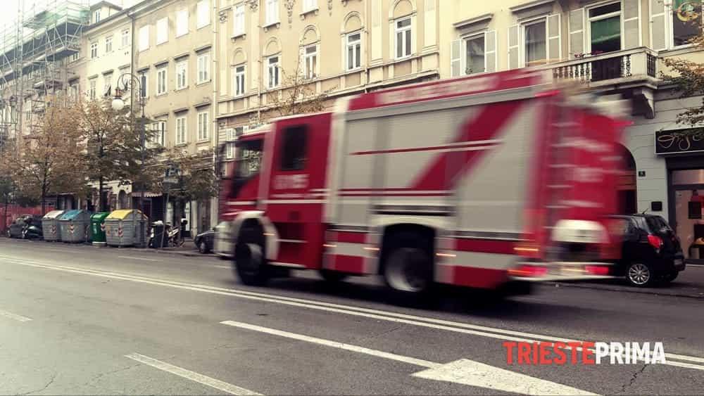 Maltempo in città, raffica di interventi dei Vigili del fuoco - Triesteprima.it